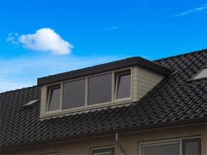 dakkapel platdak 3 meter blauwe lucht