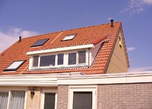 rotterdam dakkapel schuindak oranje met dakramen