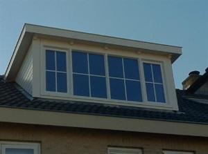 dakkapel wit plat dak kruiskozijnen